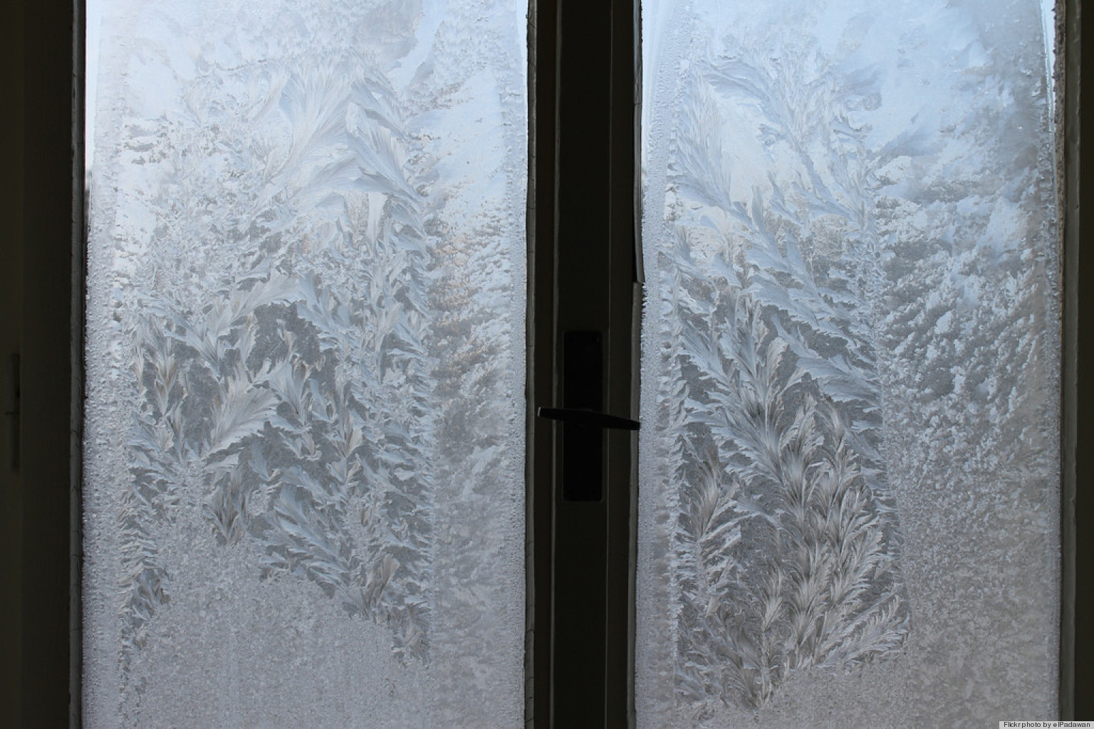 Prevent Windows From Frosting To See Clearly In The Winter