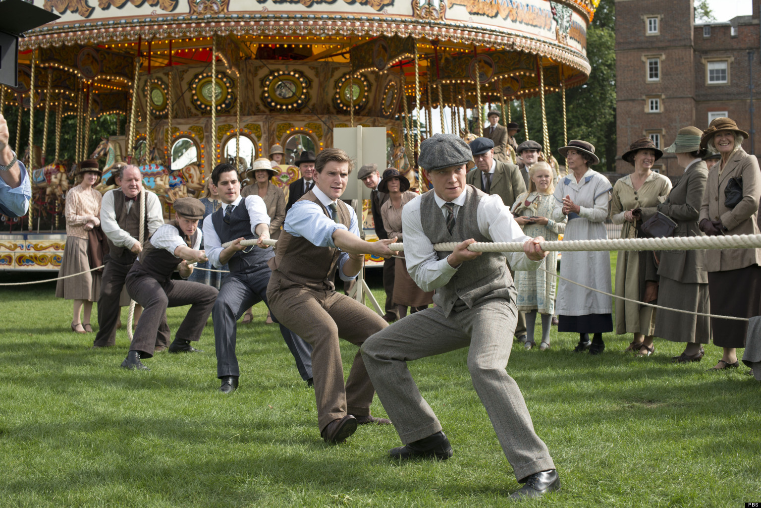 Downton Abbey' Season 3 Finale: Julian Fellowes Defends Shocker ...